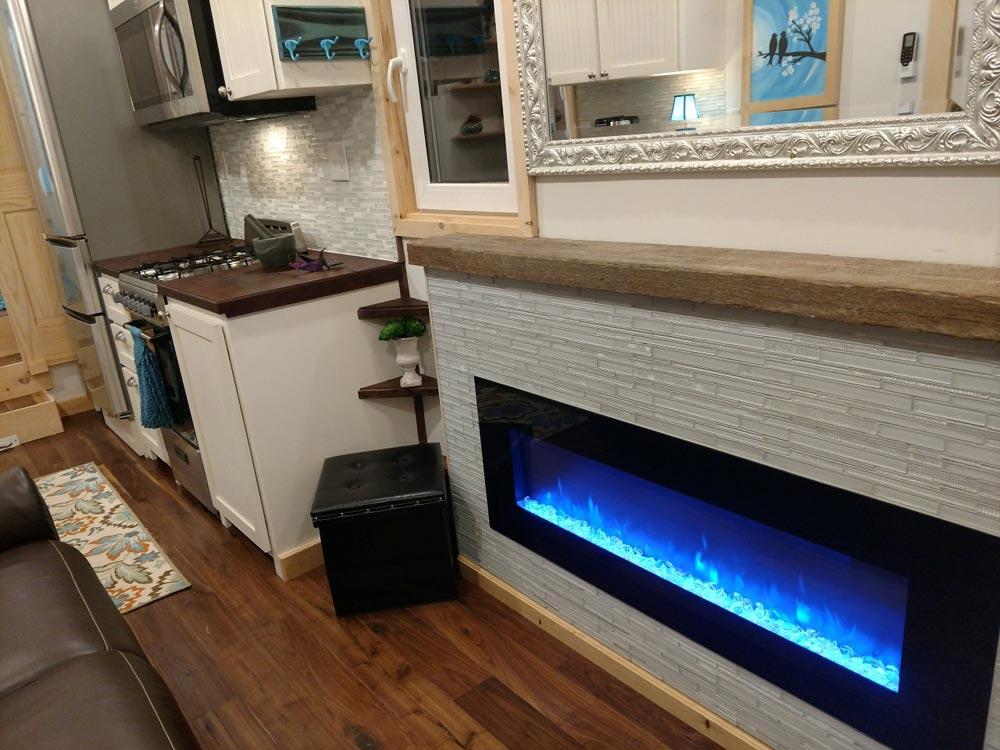 Fireplace w/ Mantel - Luxury 40 by Hummingbird Tiny Housing