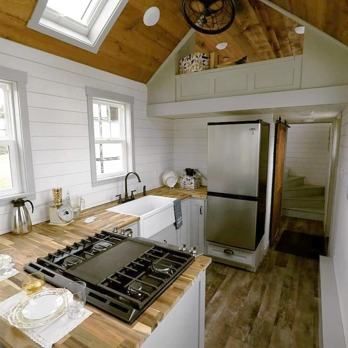 Full Size Appliances - Maverick by Maverick Tiny Homes