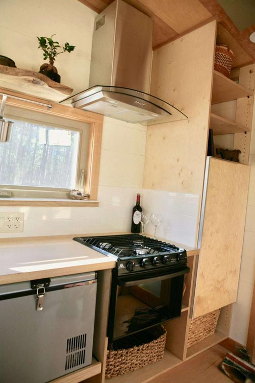 Range w/ Hood - McKenzie by Wood Iron Tiny Homes
