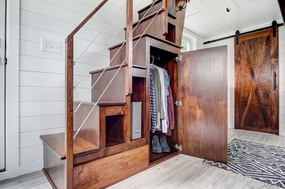 Closet Space - Rodanthe by Modern Tiny Living
