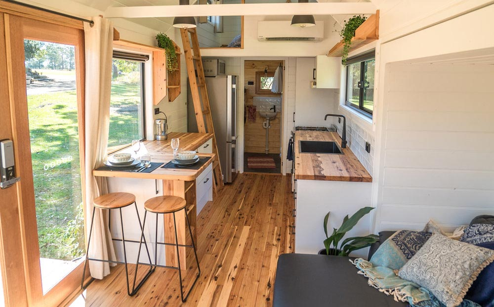Kitchen & Loft - Sojourner by Häuslein Tiny House Co