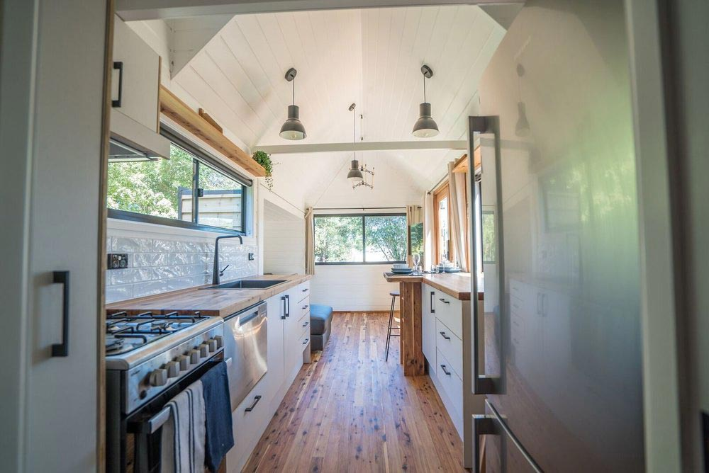 Full Size Appliances - Sojourner by Häuslein Tiny House Co