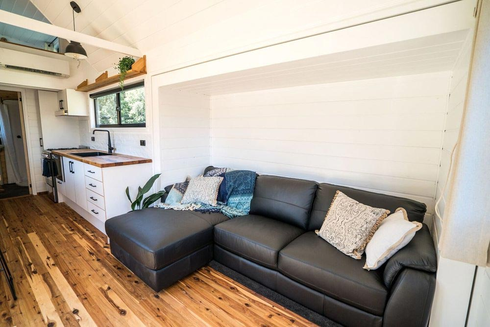 Chaise Lounge - Sojourner by Häuslein Tiny House Co