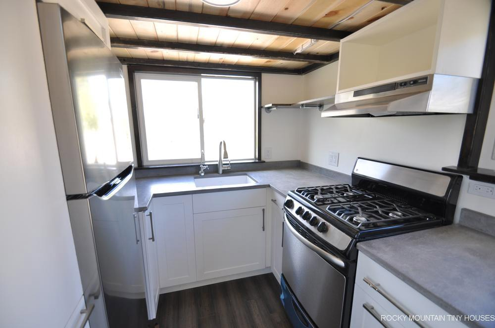 U-Shaped Kitchen - Ad Astra by Rocky Mountain Tiny Houses