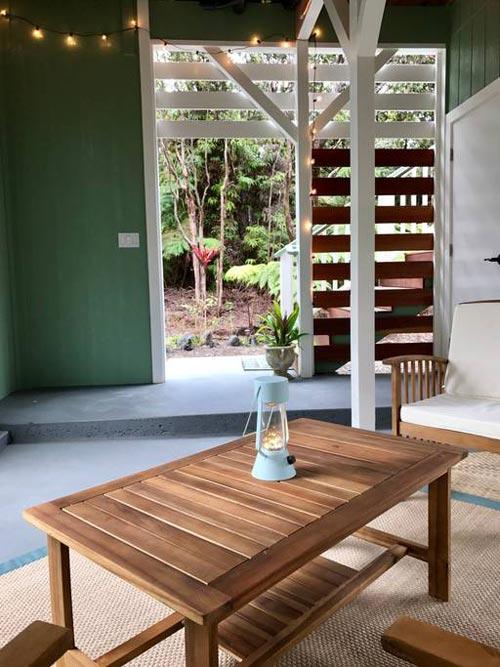 Lounge Area - Hawaiian Rainforest Treehouse