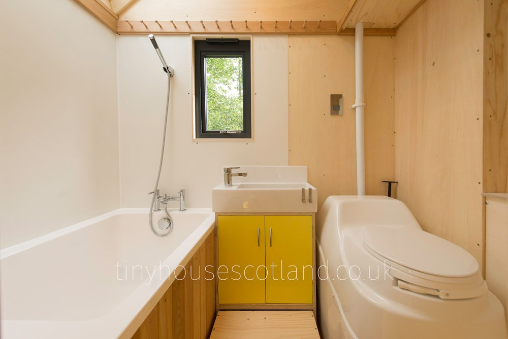 Bahtroom - NestPod by Tiny House Scotland