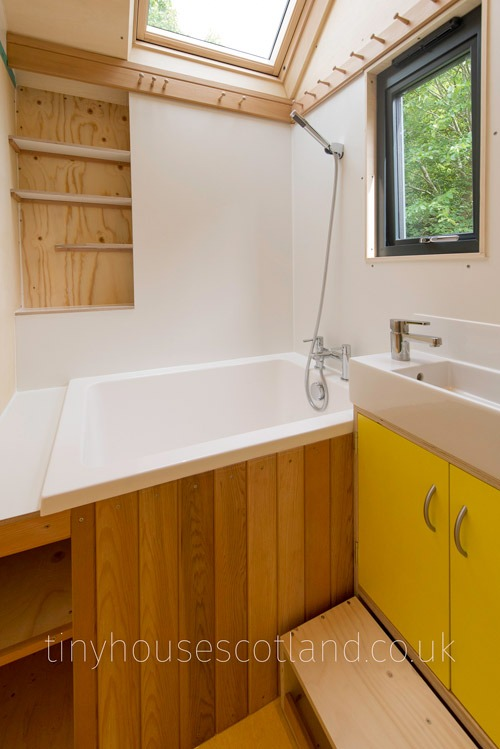 Japanese Soak Tub - NestPod by Tiny House Scotland