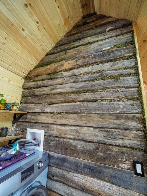 Barn Wood Accent Wall - Raven by Blackbird Tiny Homes
