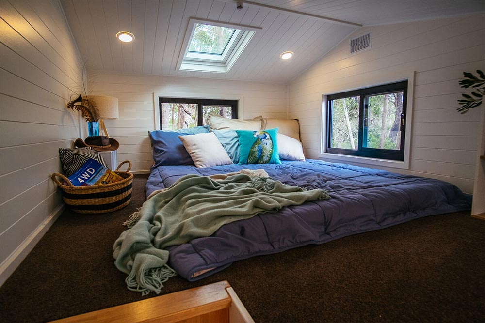 Bedroom Loft - Adventure Series 6000SL by Designer Eco Homes