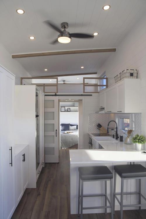 White Cabinets - Magnolia by Minimaliste