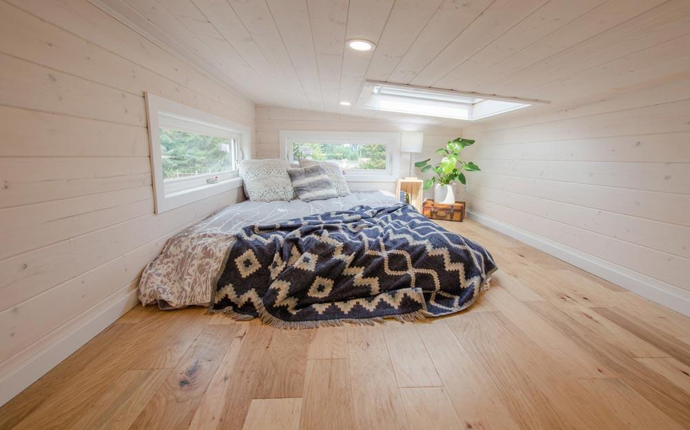 Bedroom Loft - Stellar Jay by Rewild Homes