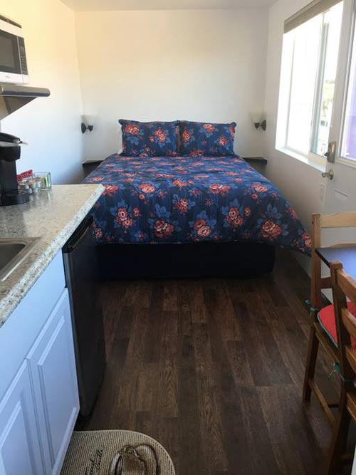 Queen Bed - Temecula Wine Country Tiny Container Home