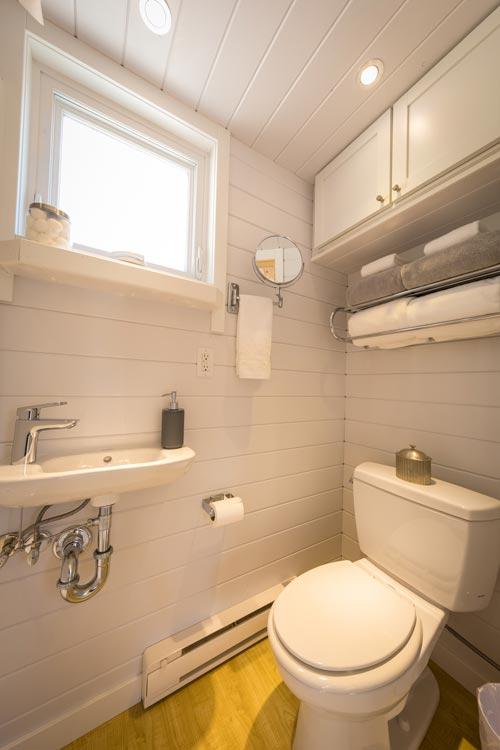 Wall Mounted Sink - Vista Boho by ESCAPE