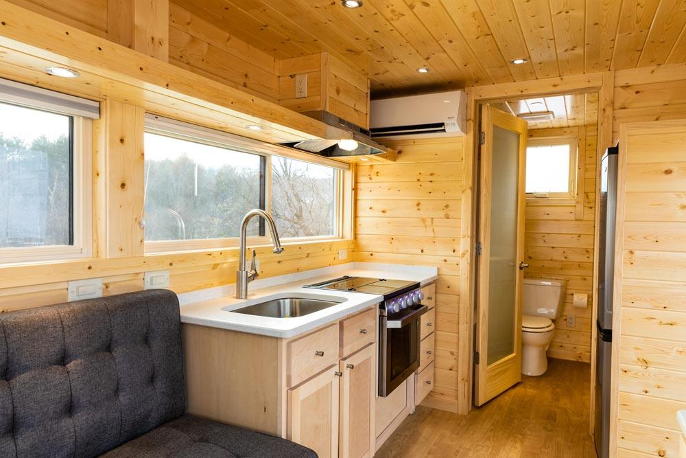 Kitchen with Range - Vista Boho by ESCAPE
