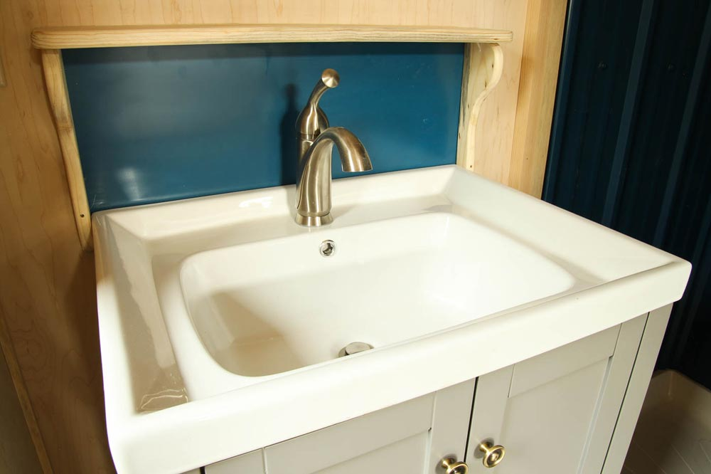Bathroom Sink - Ashley by SimBLISSity Tiny Homes