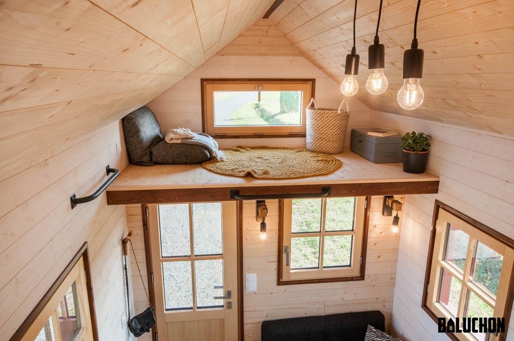 Storage Loft - Holz Hisla by Baluchon