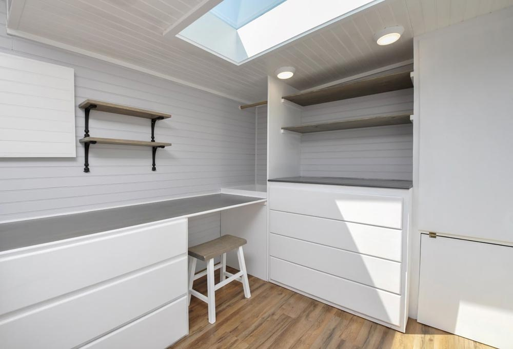Office Space - Inglewood by Tiny House Building Company