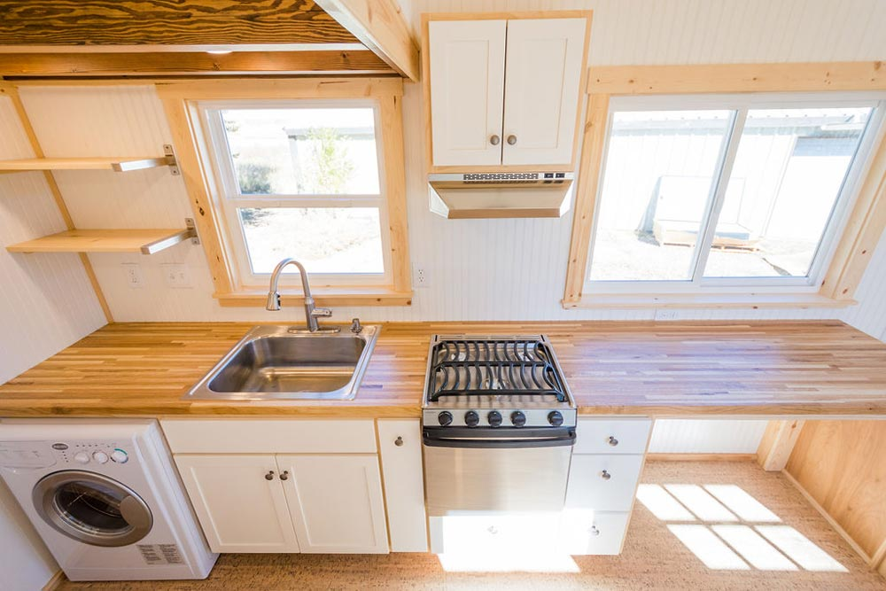 Range & Sink - Kailey's 22' Off-Grid Tiny House by Mitchcraft Tiny Homes
