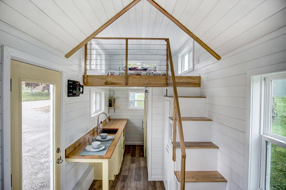 Loft w/ Railing - Kitty Hawk by Modern Tiny Living