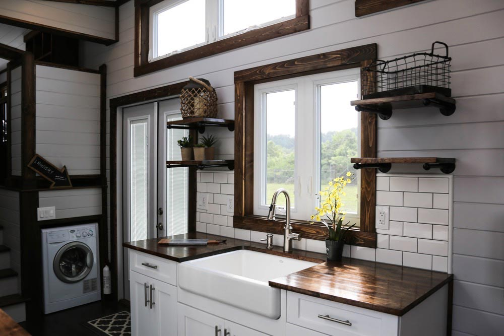 Farmhouse Sink - Mini Mansion by Tiny House Chattanooga