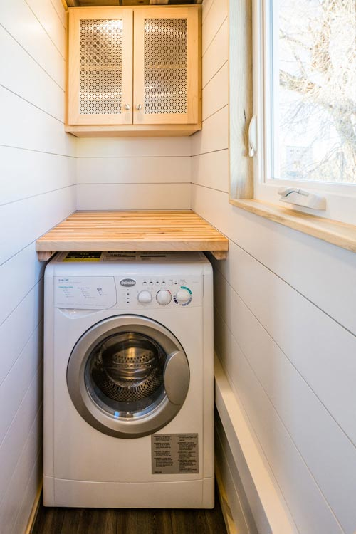 Washer/Dryer Combo - 20' Tiny House by MitchCraft Tiny Homes