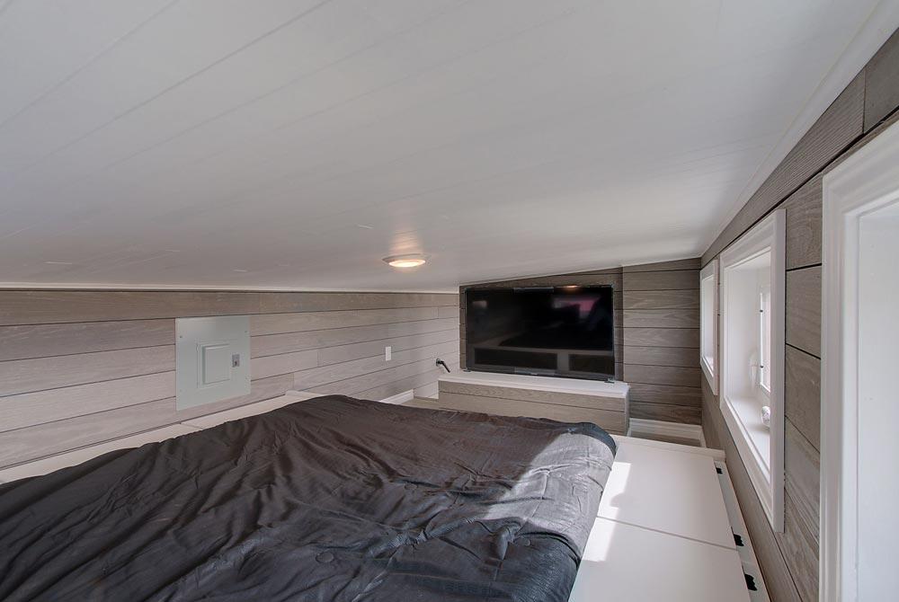 Bedroom Loft - Zilker by ATX Tiny Casas