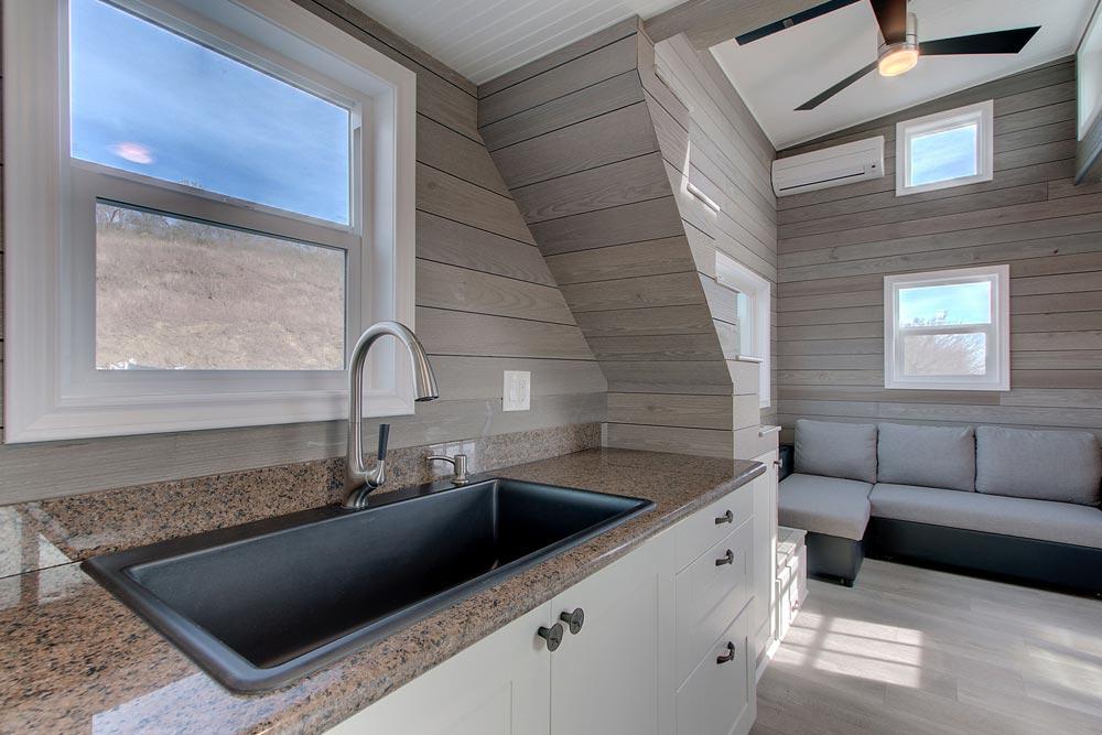 Single Bowl Sink - Zilker by ATX Tiny Casas