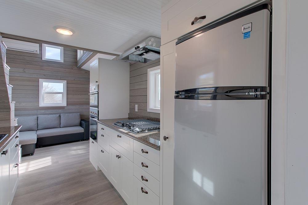 Refrigerator/Freezer - Zilker by ATX Tiny Casas