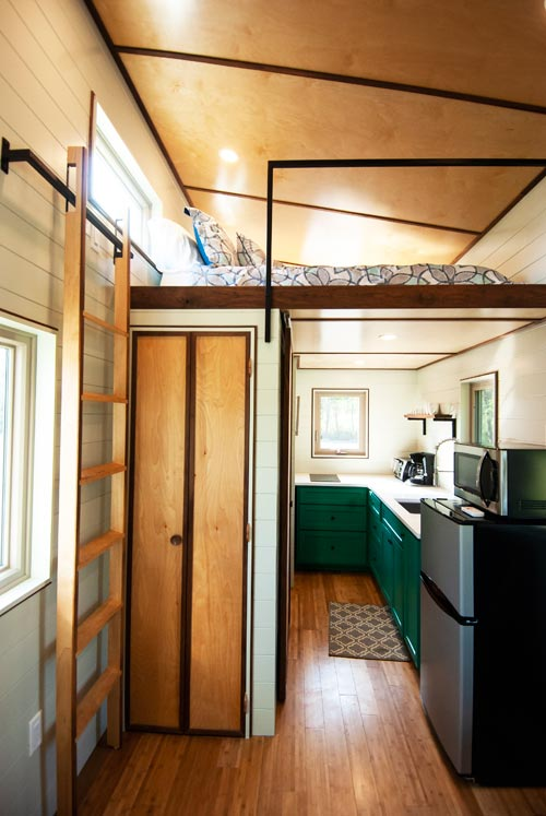 Closet - Balsam by Red Crown Tiny Homes