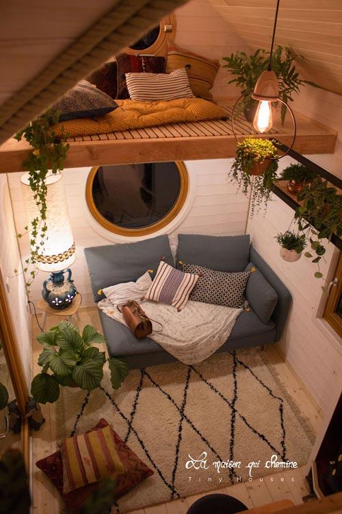 Living Room & Loft - Flore by La Maison Qui Chemine