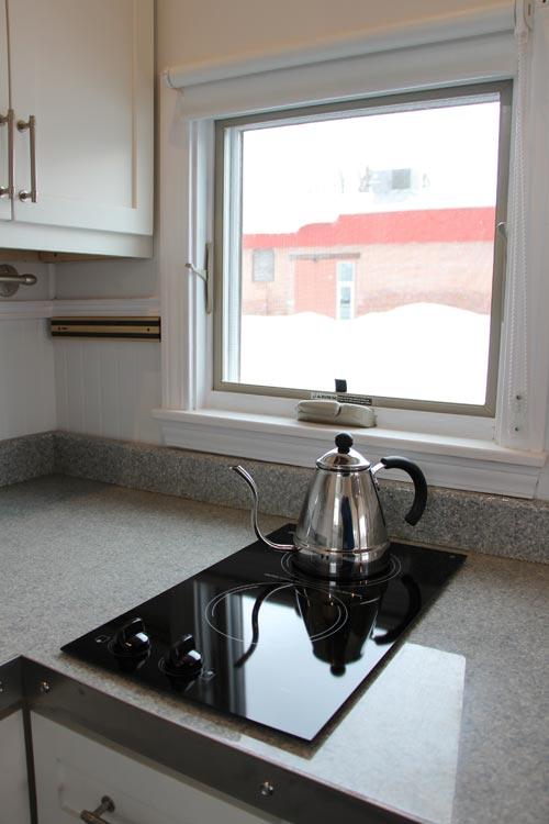 Kitchen Window - Hudson by B&B Micro Manufacturing