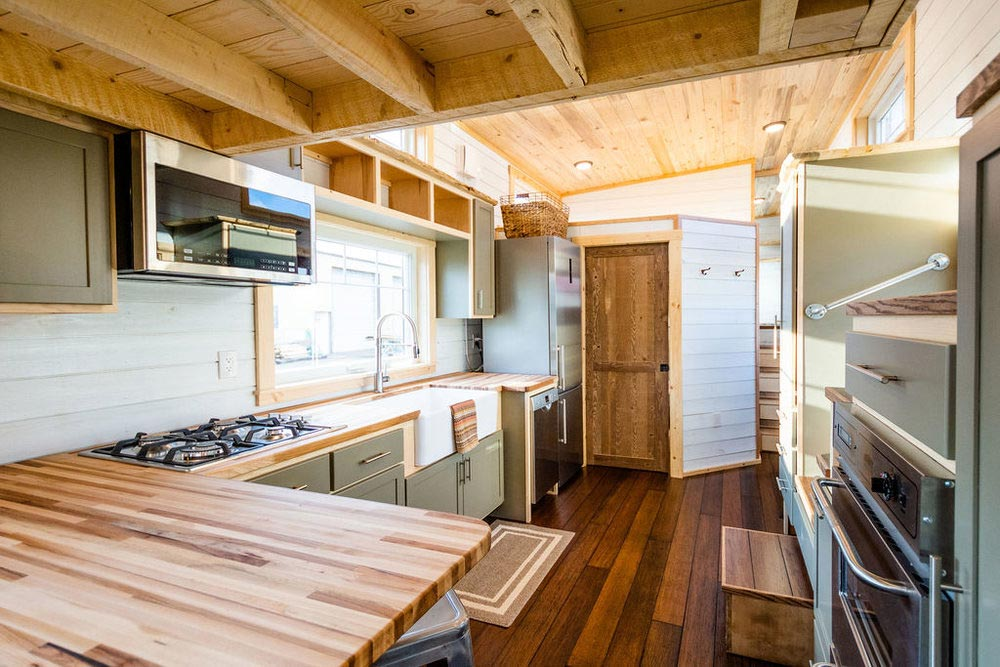 L-Shaped Counter - Ross' 35' Gooseneck Tiny House by Mitchcraft Tiny Homes