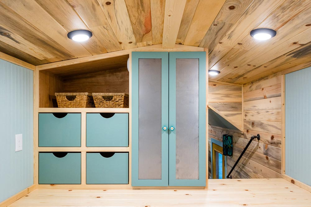Bedroom Storage - Carrie's 28' Gooseneck Tiny House by Mitchcraft Tiny Homes