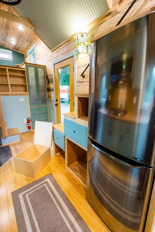 Full Size Refrigerator - Carrie's 28' Gooseneck Tiny House by Mitchcraft Tiny Homes