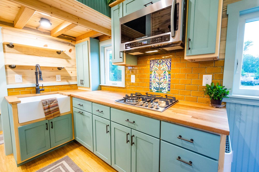 Custom Kitchen Cabinets - Carrie's 28' Gooseneck Tiny House by Mitchcraft Tiny Homes