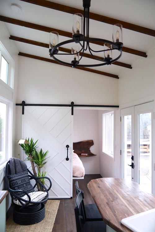Barn Door - Columbia Craftsman by Handcrafted Movement