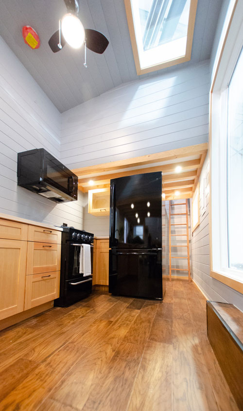 Full Size Appliances - Surfbird by Rewild Homes