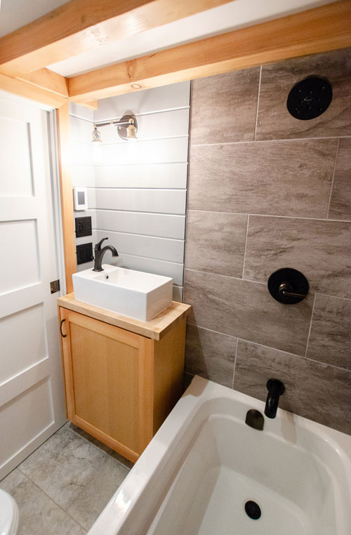 Modern Bathroom - Surfbird by Rewild Homes