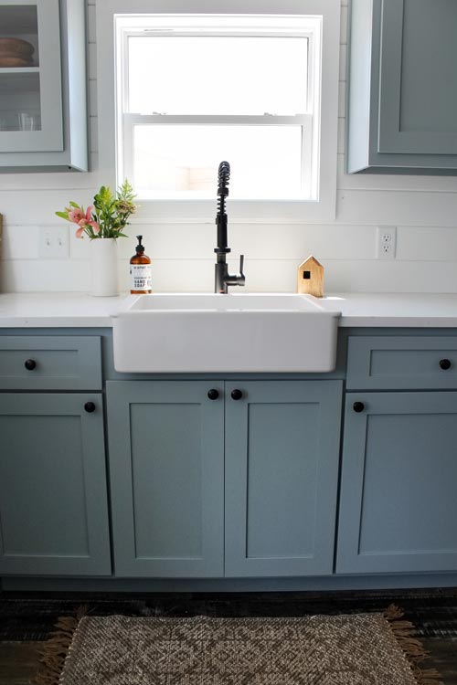 Farmhouse Sink - Zion by Mustard Seed Tiny Homes