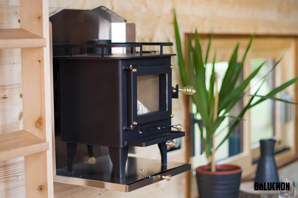 Wood Burning Stove - Astrild by Baluchon