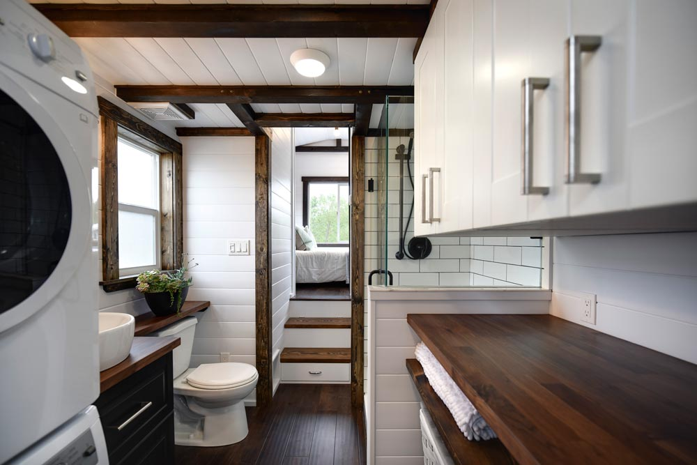Bathroom - Canada Goose by Mint Tiny Homes
