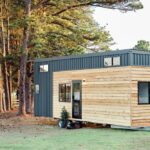 Grand Sojourner by Häuslein Tiny House Co