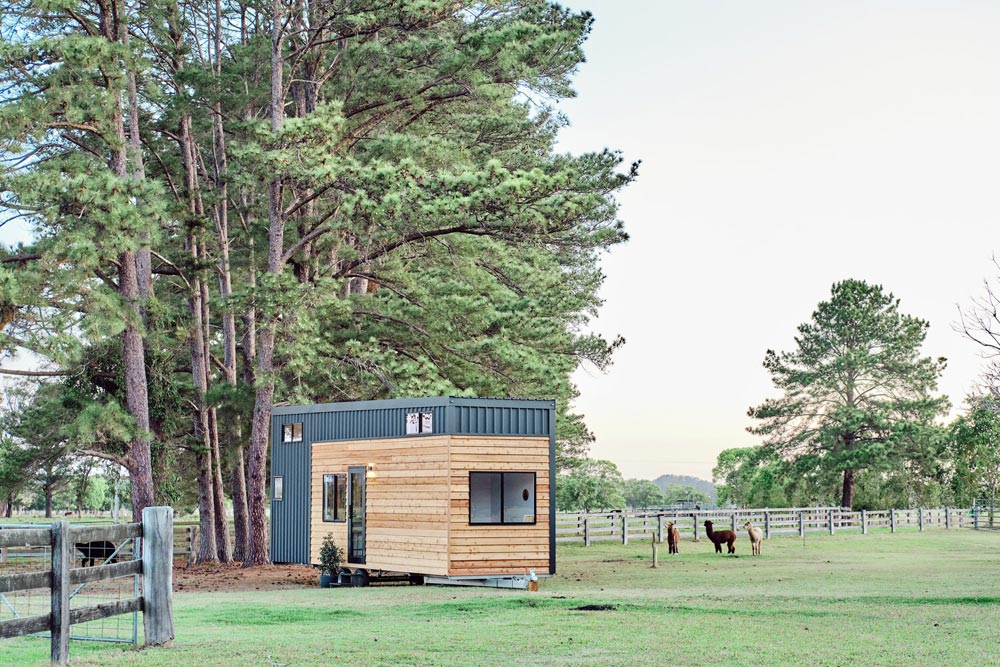 Secluded Spot - Grand Sojourner by Häuslein Tiny House Co