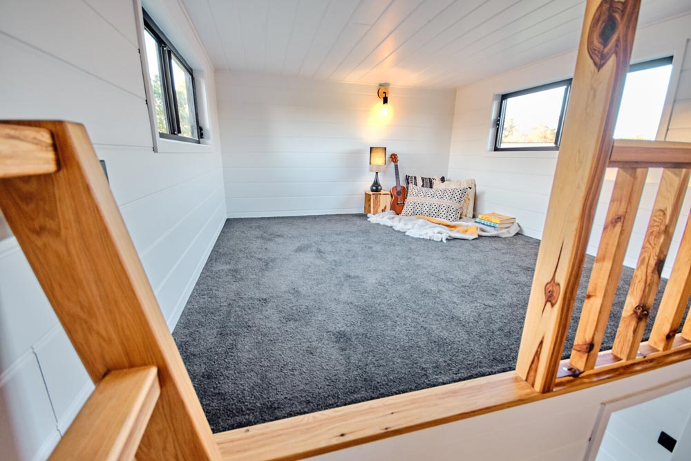 Bedroom Loft - Grand Sojourner by Häuslein Tiny House Co