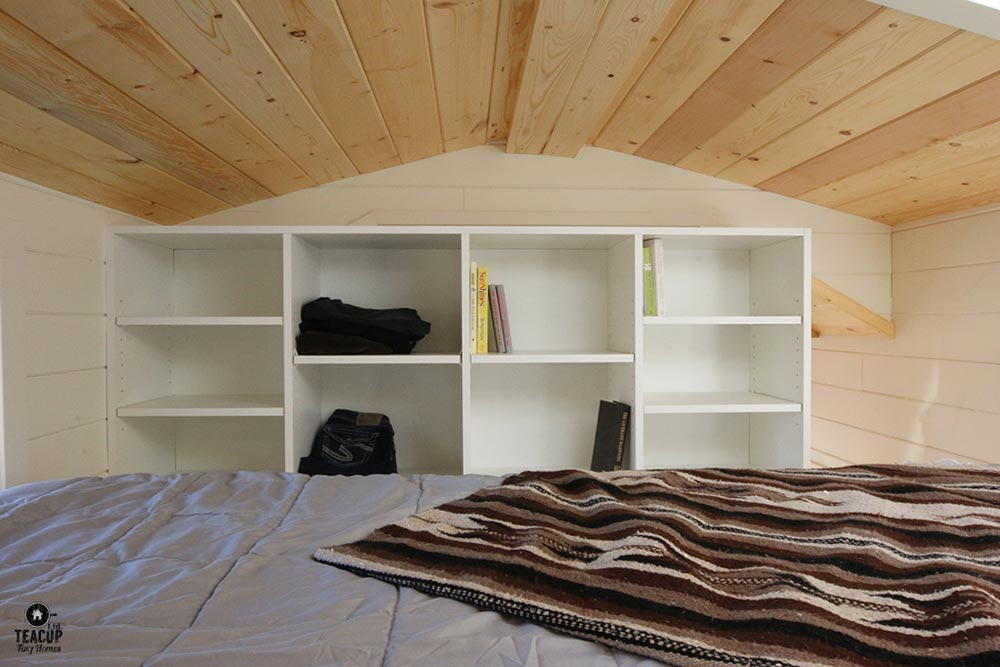 Built-In Loft Shelving - Innisfree Anarres by Teacup Tiny Homes