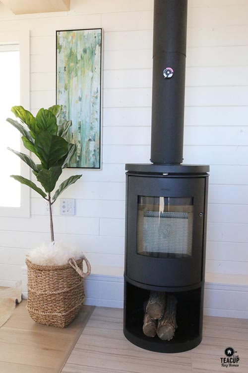 Fireplace - Innisfree Anarres by Teacup Tiny Homes