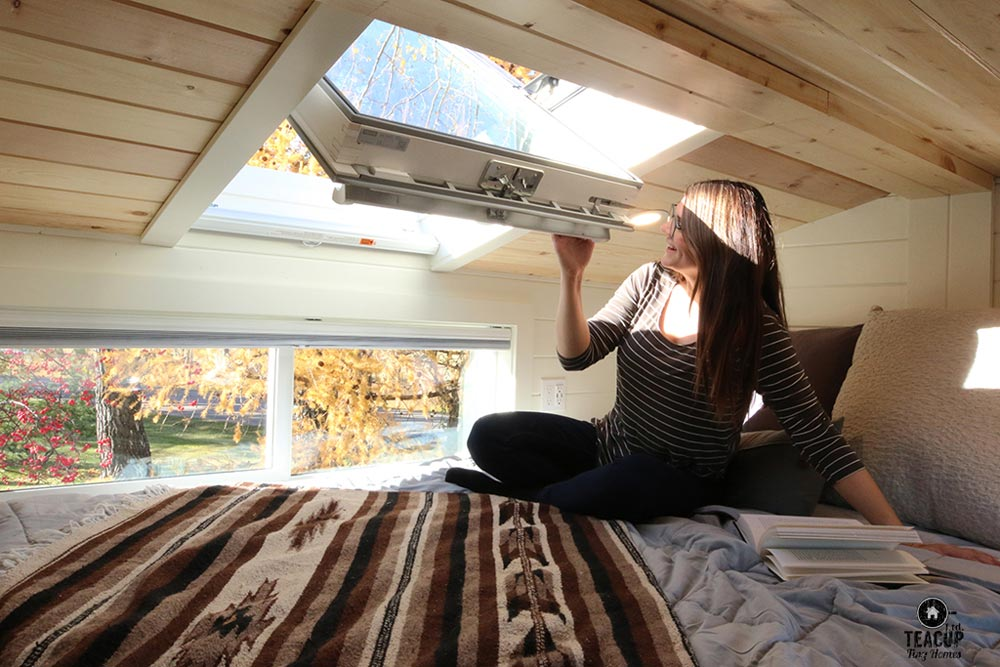 Skylight - Innisfree Anarres by Teacup Tiny Homes