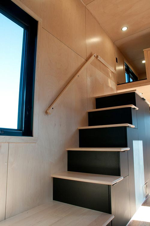 Storage Stairs - Orme by Minimaliste