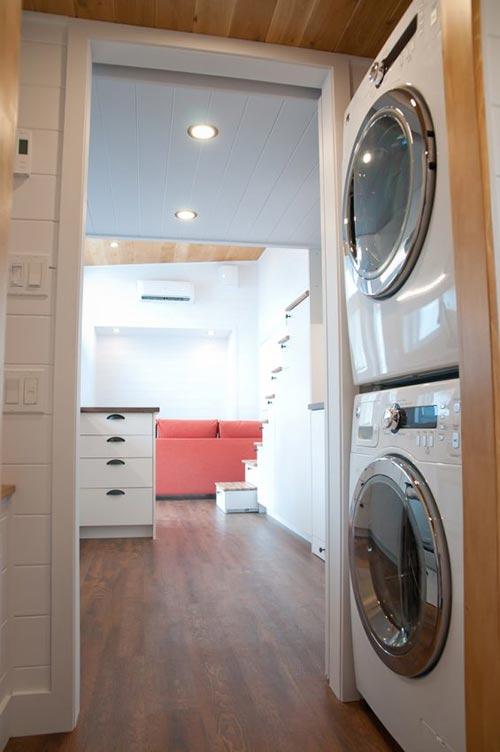 Laundry Area - Thuya by Minimaliste