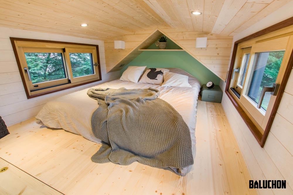 Bedroom Loft - Traveling Castle by Baluchon